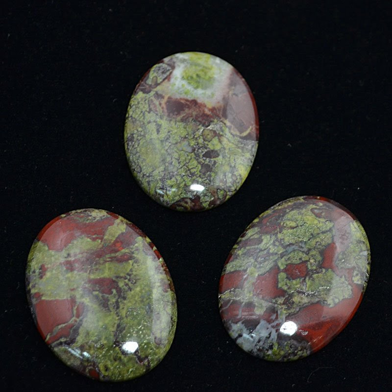 s44232 Stone Cabochon - 30 x 40 mm Oval Cabochon - Dragon Blood Jasper (1)