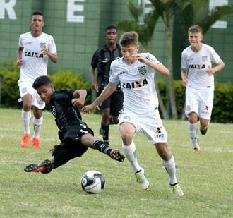 Botafogo x Figueirense, sub-15, Copa Brasil Infantil, Votorantim (Foto: Marcos Ferreira / Secom Votorantim)