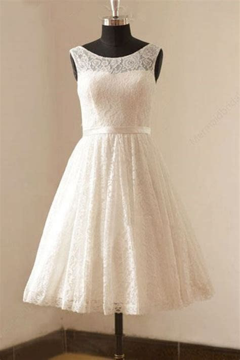 Cute White Short Lace Beach Wedding Dresses Cheap Knee