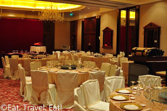 Island Shangri-La: Banquet