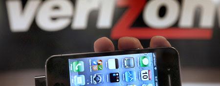 Verizon overhauls cell phone plans (AP Photo/Amy Sancetta, File)