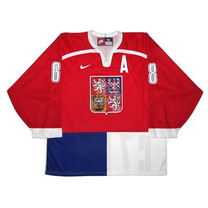 Czech Republic 1998 jersey photo CzechRepublic1998RF.jpg