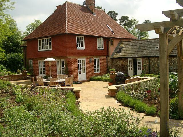 A Farmhouse Garden Wendy Cartwright Garden Design