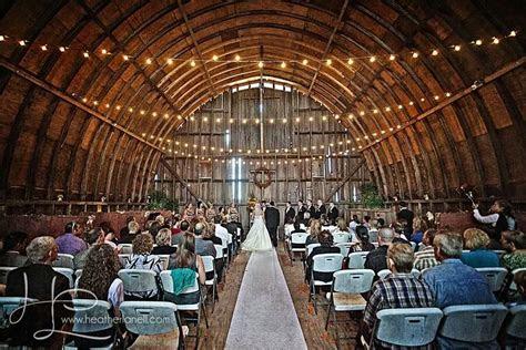 barn  allen acres rock falls il rustic wedding guide