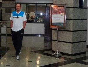 Luxemburgo no hotel do Grêmio em Barueri (Foto: Hector Werlang/Globoesporte.com)