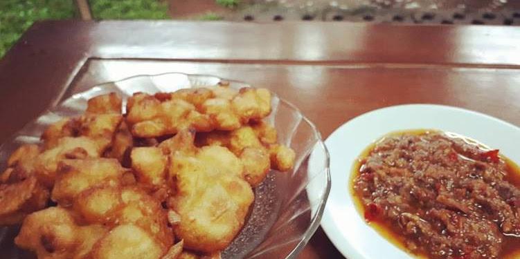 Resep Pisang Goreng + Dabu-dabu Kepala Ikan Oleh Eva Mandey