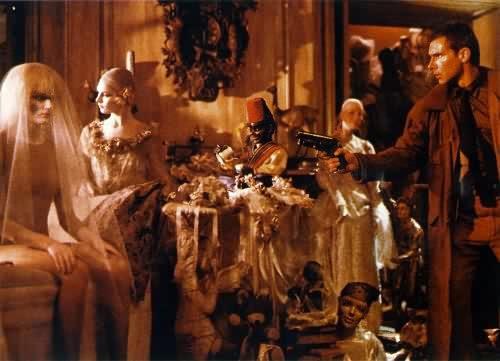 http://www.brmovie.com/Images/Characters/Deckard/br_deckard_looking_for_pris.jpg