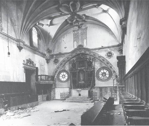 Destrozos en la Guerra Civil en el Convento de San Clemente de Toledo. Coro alto