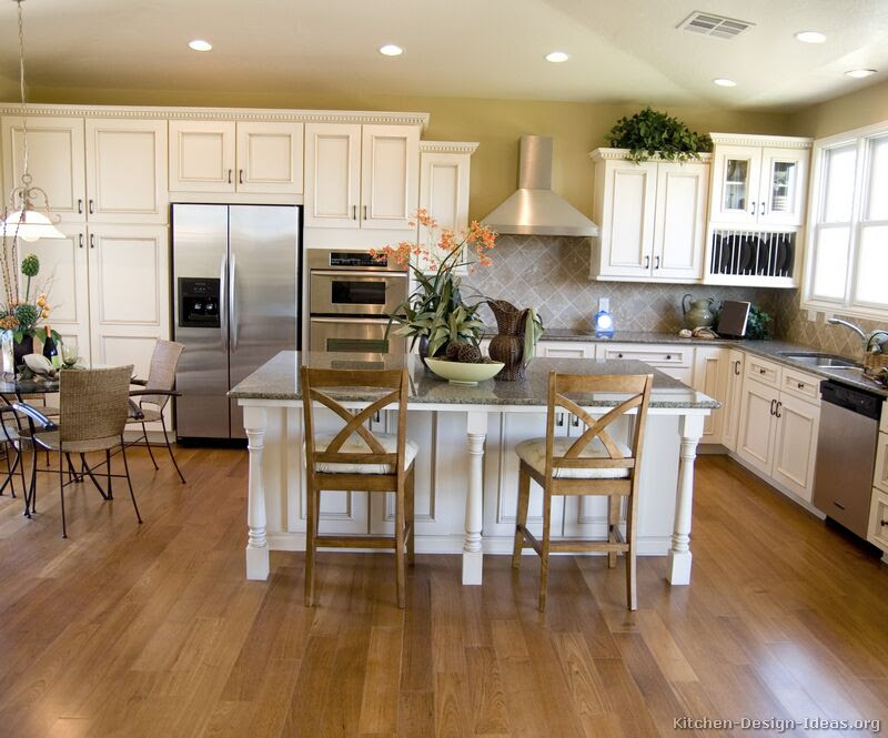 Pictures of Kitchens - Traditional - Off-White Antique ...