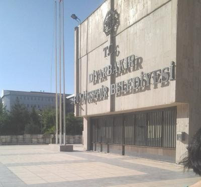 diyarbaker_city_hall.jpg