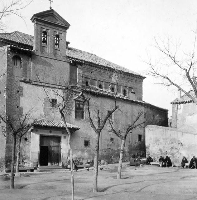 Sinagoga del Tránsito de Toledo a finales del siglo XIX. Fotografía de Alexander Lamont Henderson