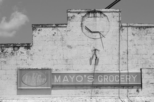 Mayo's Grocery - Black and White