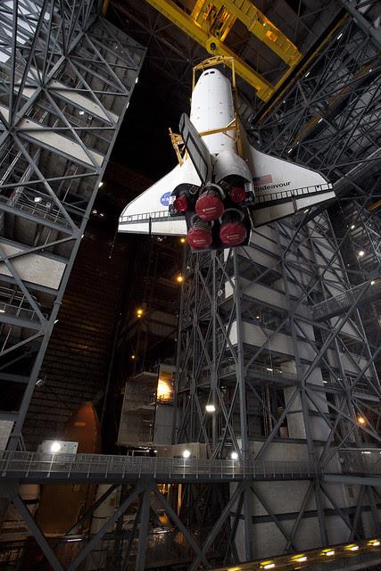 STS 134 Lift