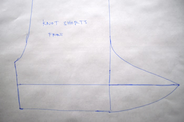 making the knot for knot shorts