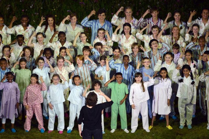 Grupo de crianças se apresentou na cerimônia de abertura:imagem 9