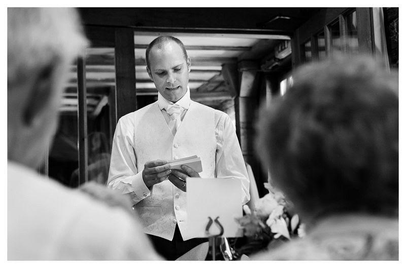 Tewinbury Farm wedding photography,Phil Lynch Photographer