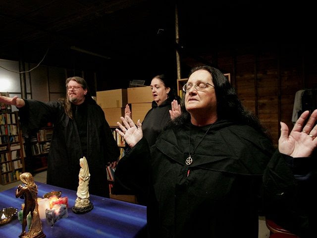 Witches Unite to Cast 'Binding Spell' on Trump and Followers