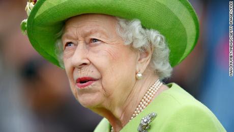 Palacio confirma que la reina Isabel envió un mensaje de felicitación a Corea del Norte