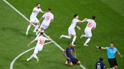 Швейцария отыгралась со счёта 1:3 в матче с Францией и перевела игру в дополнительное время