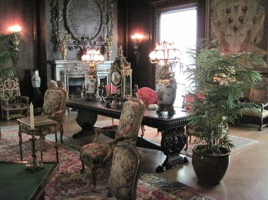 Living room of the rich & famous - Picture of Hyde Park, New York ...