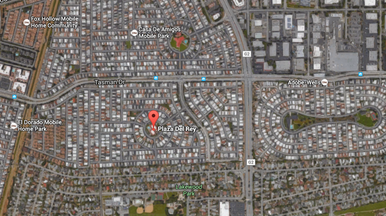 Plaza Del Rey, developed in the early 1970s, is located south of Tasman Drive and west of Lawrence Expressway. Its neighborhood is becoming popular with Google and Apple, among other tech companies.
