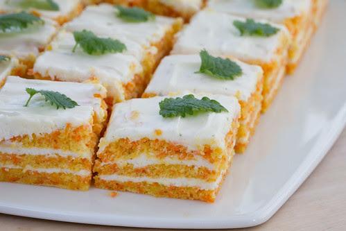 Porgandi-toorjuustukook / Carrot and cream cheese cake