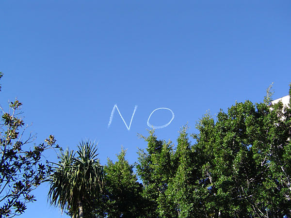 NO in skywriting