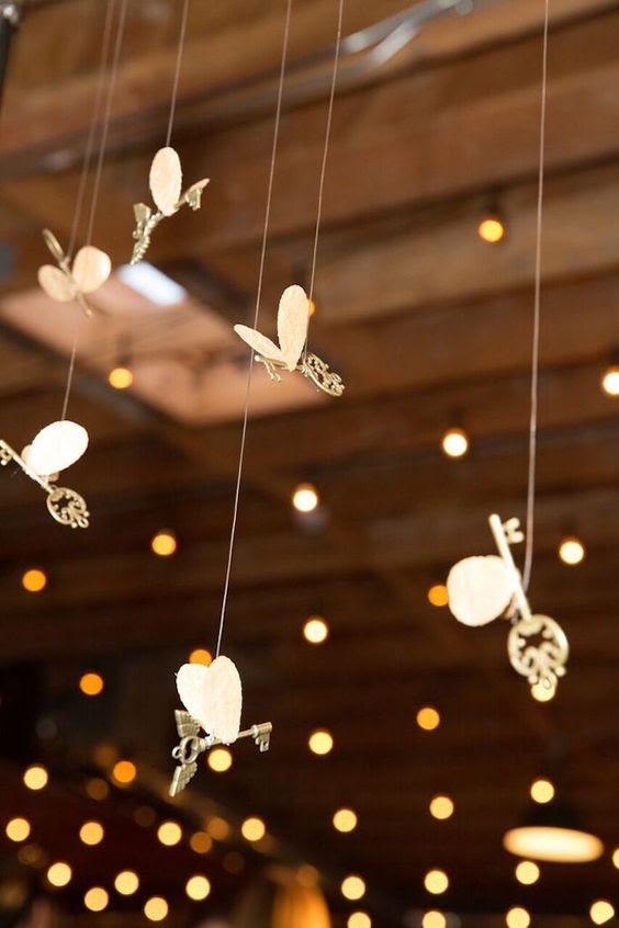geflügelten Schlüssel für die Hochzeitsfeier oder Zeremonie Dekor