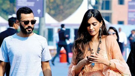 Wait, what? Sonam Kapoor and Anand Ahuja won't have