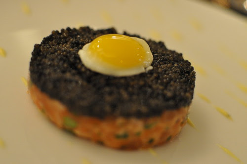 salmon tartare & caviar Petrossian