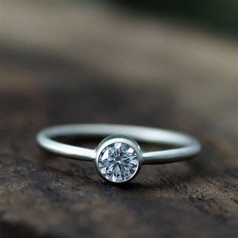 Top 5 Eco Friendly Engagement Rings from the Wedding Snap