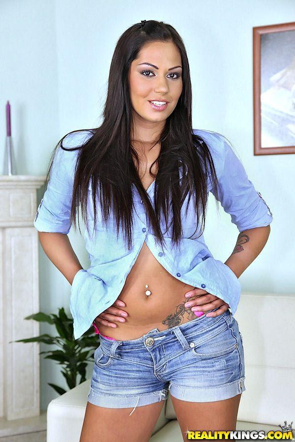 Natalie Alyn Lind Big Tits   xPorn18xxx