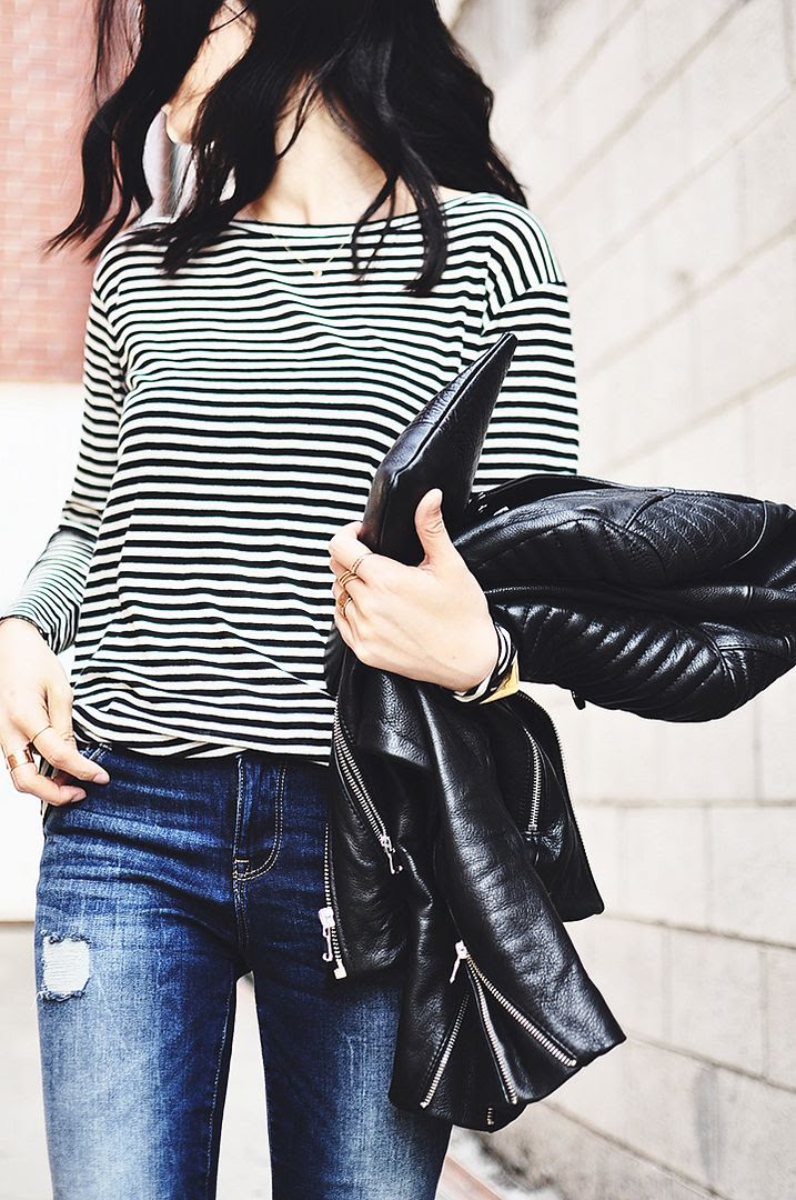 Le Fashion Blog -- Fall Mix: Leather Jacket, Striped T-Shirt, Distressed Denim And Clutch -- Via Her Imanjination -- photo Le-Fashion-Blog-Fall-Mix-Leather-Jacket-Striped-TShirt-Distressed-Denim-Clutch-Via-Her-Imanjination.jpg