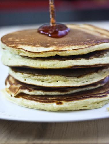 Norwegian pancakes and jam