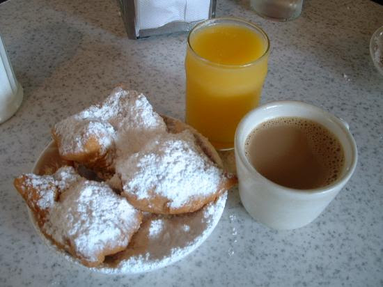 New Orleans, LA: Coffee and Beignets at Cafe du Monde