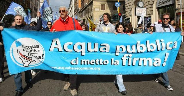 """Referendum acqua pubblica, la denuncia dei comitati contro la """"tariffa truffa"""""""