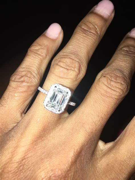 Wedding bands for very thin engagement ring! Pics Por Favor?