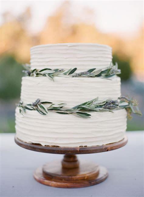 Best 20  Modern wedding cakes ideas on Pinterest