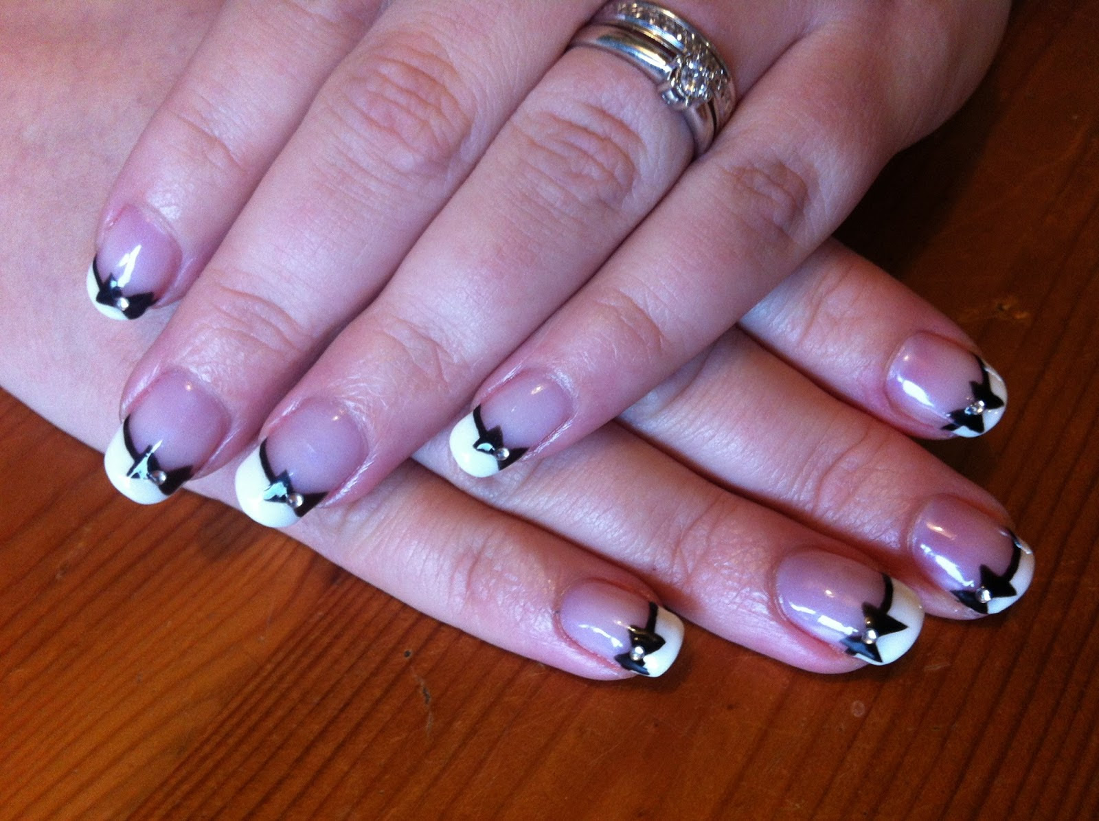 French Manicure Nail Ideas | | Ucapan Pernikahan