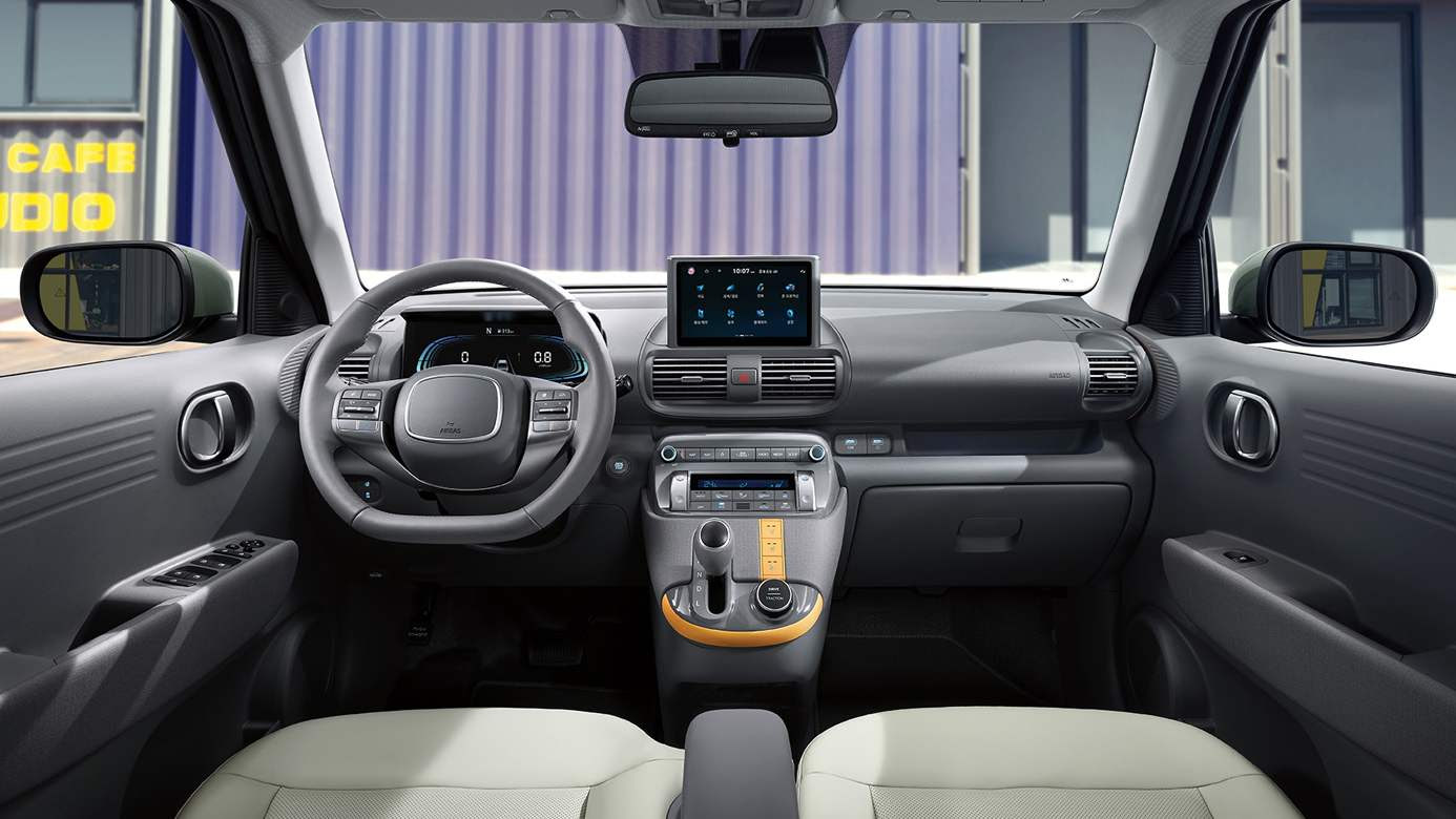 An eight-inch touchscreen takes centre stage on the Casper's rather plain-looking dashboard. Image: Hyundai