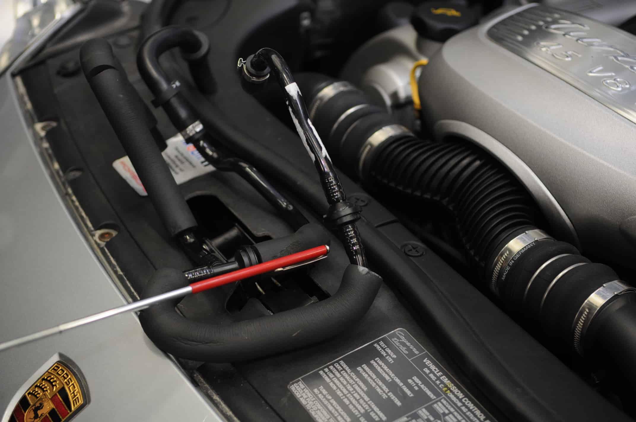 2005 Porsche Cayenne Turbo S 45l V8 Brake Booster Faulty