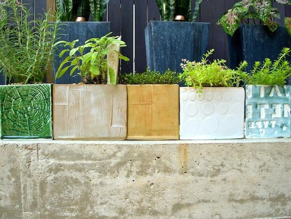 Modern White Modular Natural Geometric Triangle Wood Grained Ceramic Planter