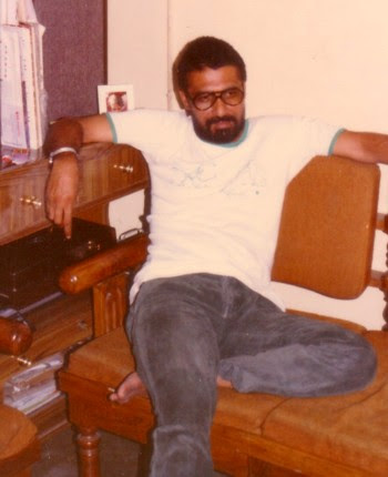 Jugnu Shardeya, Hindi writer, thinker