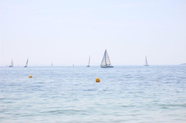 photo 25-plage_bretagne_bateau_eacuteteacute_zps8fab8fb9.jpg