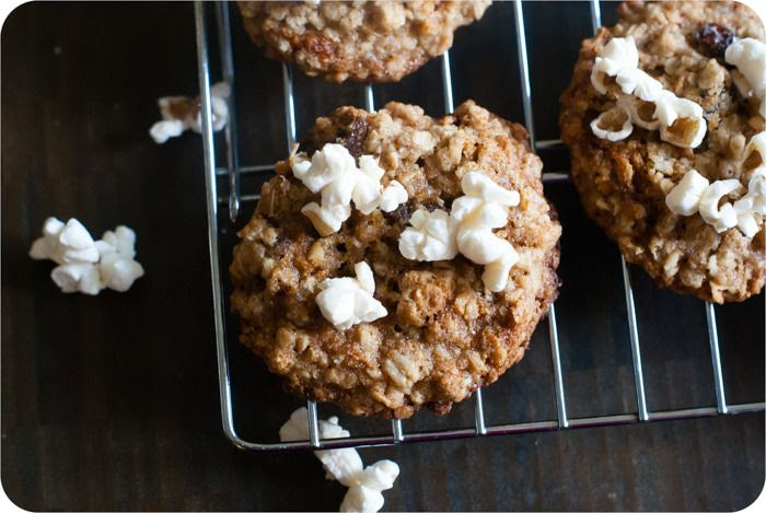 oatmeal raisin popcorn cookies | bakeat350.blogspot.com