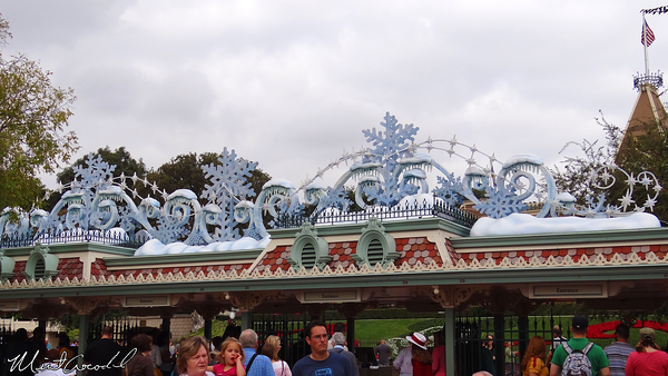 Disneyland Resort, Disneyland