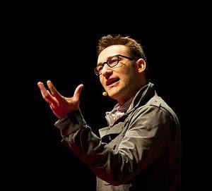 English: Simon Sinek speaking at TEDx Maastric...