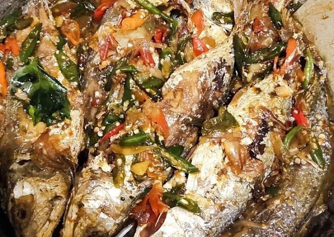 Resep Praktis Ikan Kembung Cabe Hijau Bikin Nagih