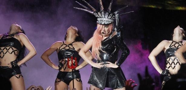 Lady Gaga se apresenta no Rio de Janeiro (9/11/12)