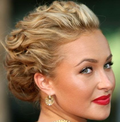 prom updos 2011 long hair. Prom hairstyles 2011 long hair